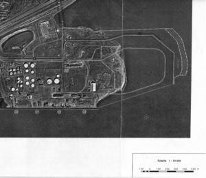 Carte montrant le remblaiement projeté par le Port de Québec en 2001 pour agrandir ses quais de vrac au bout de la péninsule de Beauport. [Source: Plan d'utilisation des sols, Port de Québec (2001)]
